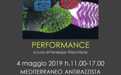 IN HER SHOES – Performance e installazione di Vittorio Sordi
